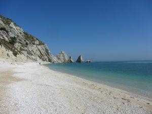 beach-508657_1920